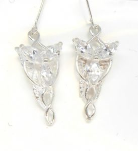 Lord of the Rings Arwen earring pretty and petit